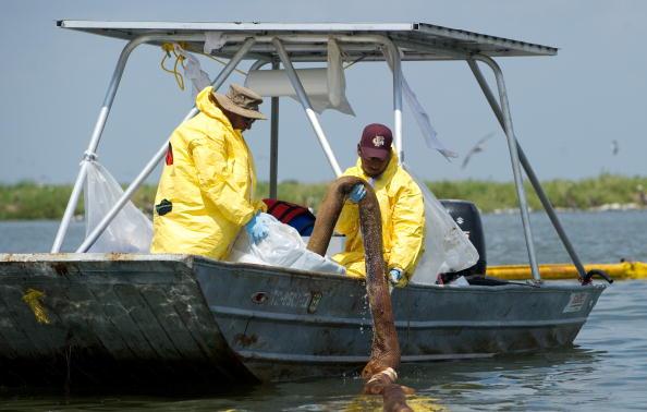 Розростається нафтова пляма в Мексиканській затоці. Фото: Win McNamee/Getty Images