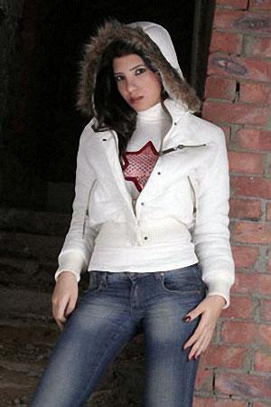 Участница конкурса Sherehan Fouad, 24 года, окончила Академию Modern. Рост 174 см. Вес 54 кг. Фото: facetofacegypt.com