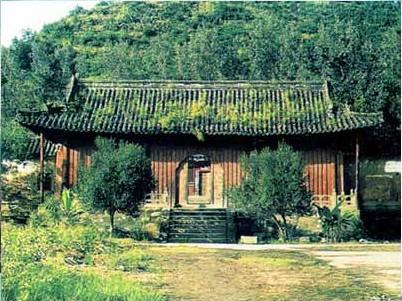 Храм Дракона і тигра. Гори Уданшань. Фото з secretchina.com