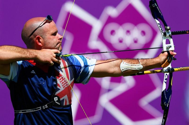 Лондон, Англія, 23 липня. Лучник Алан Уїллс готується до олімпійських змагань. Фото: Paul Gilham/Getty Images