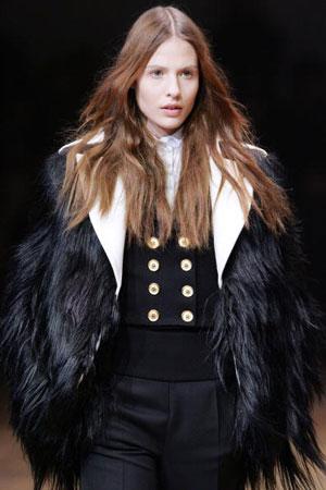 Riccardo Tisci для Givenchy. Коллекция ready-to-wear осень-зима 2007/2008. Фото: PIERRE VERDY/AFP/Getty Images