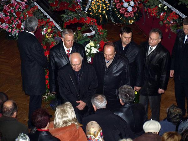На 40 день после авиакастрофы в Перми, состоялись похороны трех погибших краматорчан. Фото: The Epoch Times