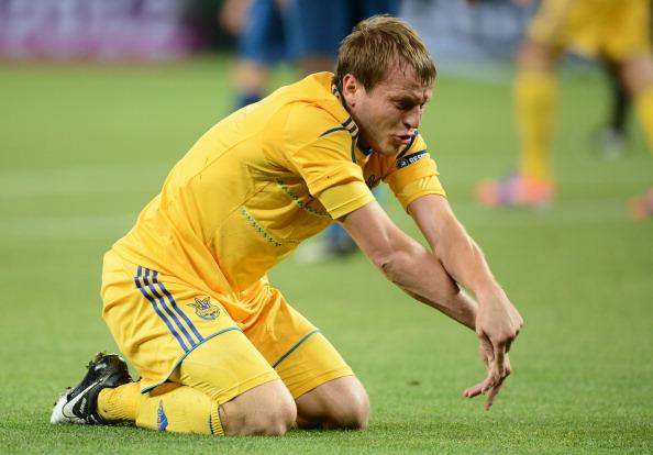 Украинский полузащитник Олег Гусев в матче Украина — Франция 15 июня 2012 года в Донецке. Фото: FRANCK FIFE/AFP/Getty Images