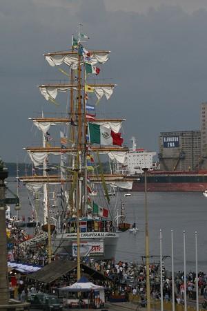 Мексиканское судно Cuauhtemoc, которое посетило рекордное количество гостей. Фото: Ян Якилек/Великая Эпоха