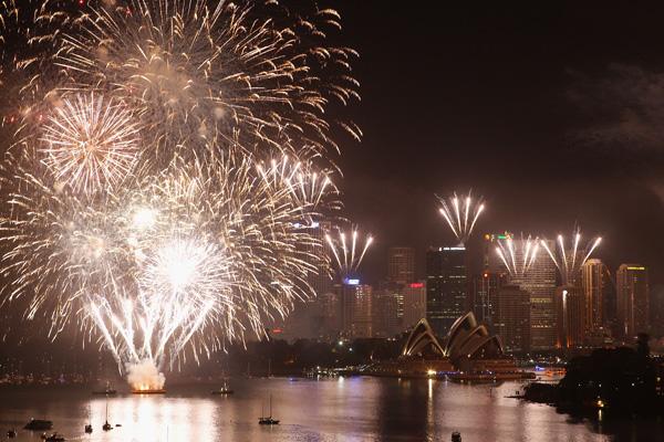 Сидней, Австралия. Австралия знаменита своими тематическими фейерверками, которые запускаются с сиднейского моста Harbour Bridge. Фото: Cameron Spencer/Getty Images