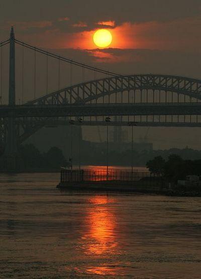 Неповторимые и очаровательные закаты. Фото: AFP