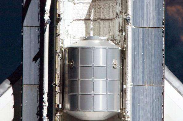 Модуль «Рафаэль» в грузовом отсеке шаттла «Атлантис». Фото: NASA via Getty Images