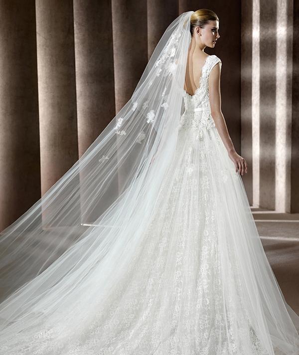 Свадебная коллекция от Эли Сааба. Фото: efu.com.cn