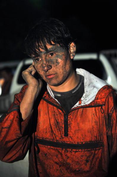 Активизировались вулканы в Эквадоре и Гватемале. Тысячи человек были вынуждены покинуть свои дома, остановлено авиасообщение, закрываются аэропорты, в районах бедствия перекрыты дороги. Фото: WALTER PENA/AFP/Getty Images