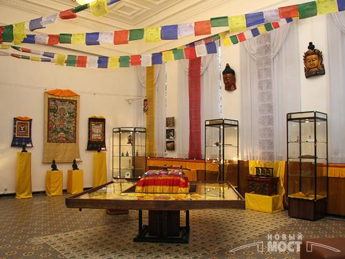 С 24 ноября по 23 декабря в Историческом музее им.Д.И Яворницкого проходит выставка «Сокровище Тибета». Фото: ИА НОВЫЙ МОСТ