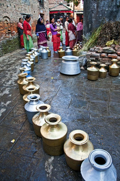 Набирать воду. Фото: epochtimes.com