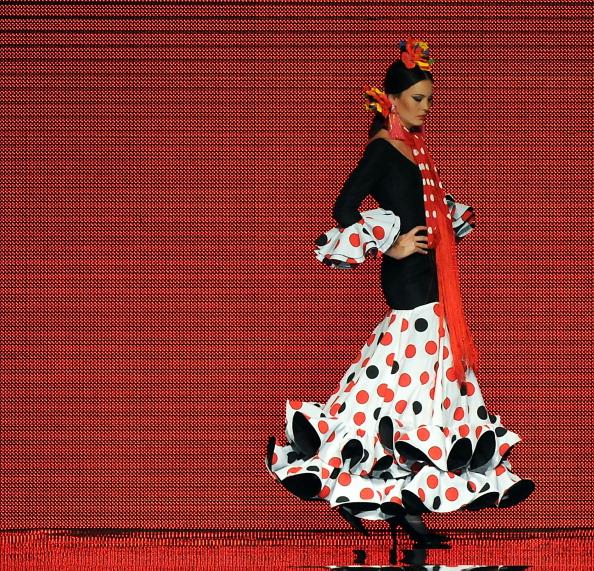 Международная выставка моды фламенко — Vicky Martin Berrocal Фото MAURICIO LIMA/AFP/Getty Images