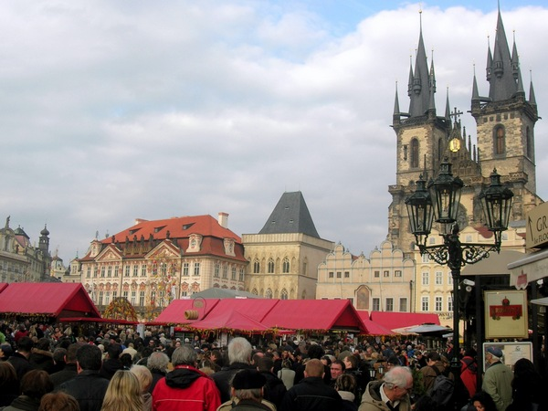 Великодня ярмарок на Старомістскій площі. Фото: Алла Лавриненко/The Epoch Times Україна