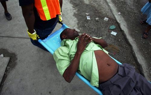 Холера на Гаїті забрала життя більше 2,4 тисячі осіб. Фото: HECTOR RETAMAL/Getty Images