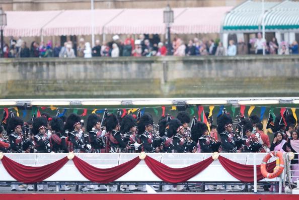 Её Величество Королева Елизавета II празднует 60-ю годовщину своего восшествия на престол. Лондон, Англия. 03 июня 2012 года. Фото: Adam Jacobs/Getty Images