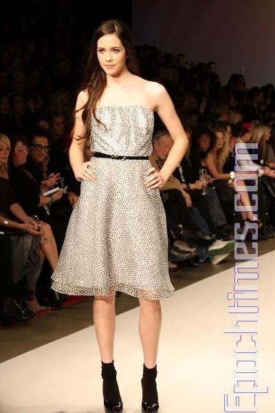 Коллекция от David Dixon на неделе моды LG в Торонто. Фото: TIYANYE/Великая Эпоха