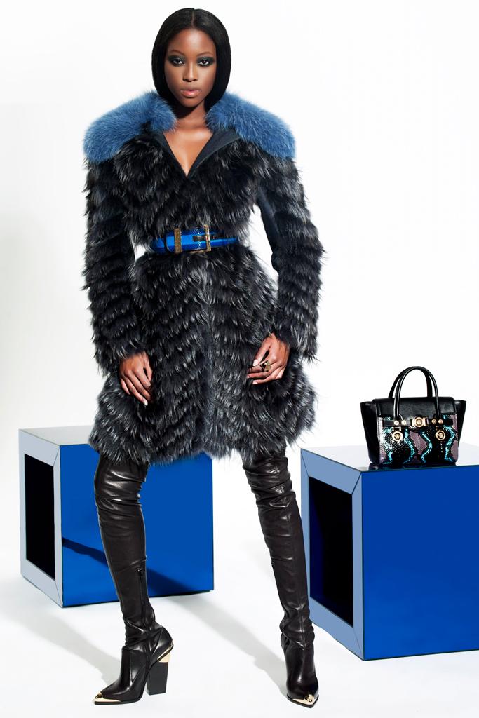 Осіння колекція від Версаче (Versace). Фото: efu.com.cn