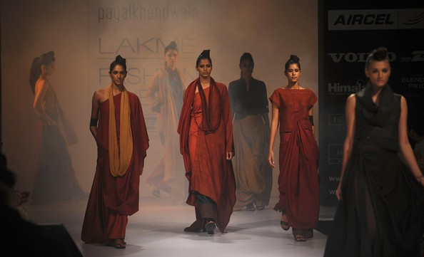 Индийская неделя моды Lakmé Fashion Week. Фото: PUNIT PARANJPE/AFP/GettyImages