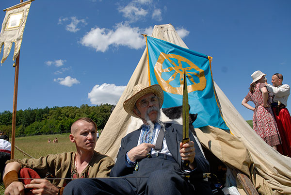 Перший Всеукраїнський фестиваль бойового гопака Козацькі Забави відбувся в Пирогово. Фото: Володимир Бородін / The Epoch Тімes