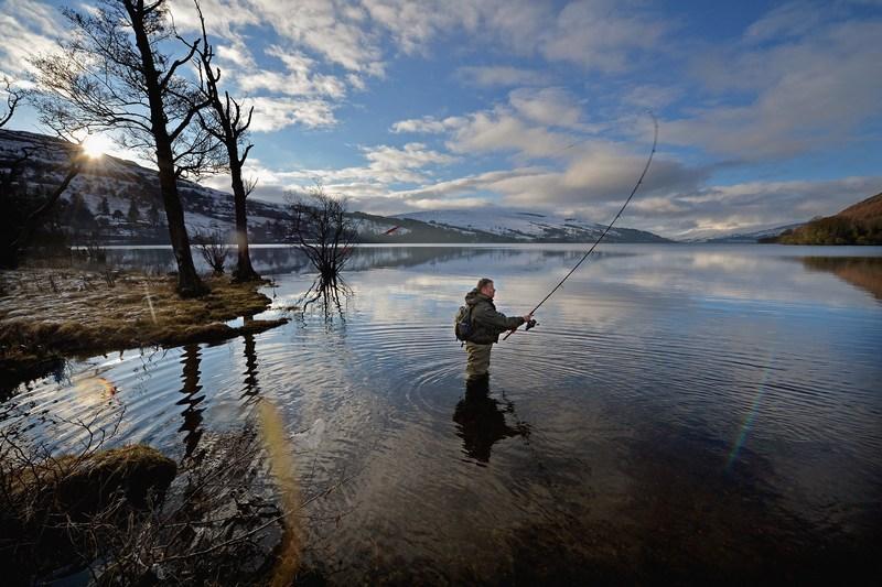 Кенмор, Шотландія, 15січня. Традиційний сезон вилову лосося відкрито на річці Тей. Фото: Jeff J Mitchell/Getty Images