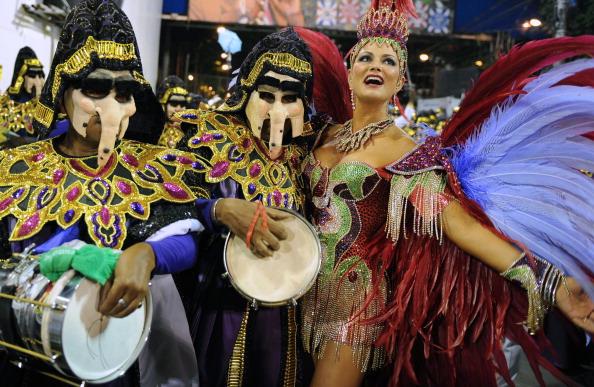 Рио-де-Жанейро: ежегодный самба фестиваль. Фото: VANDERLEI ALMEIDA/AFP/Getty Images