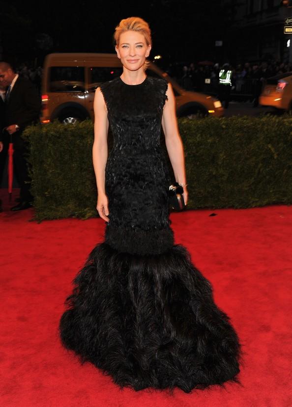 Акторка Кейт Бланшетт у сукні від Alexander McQueen. Фото: Larry Busacca/Getty Images
