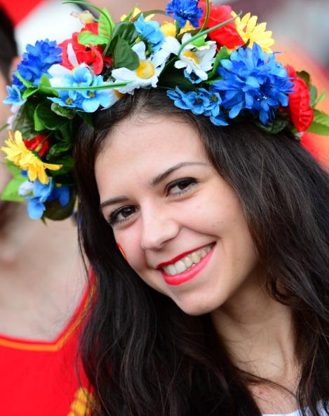 Вболівальниця збірної Іспанії на півфінальному матчі Португалія — Іспанія, 27червня у Донецьку. Фото: FRANCK FIFE/AFP/Getty Images
