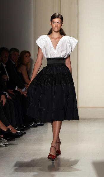 Коллекция весна-2008 от Донны Кэран (Donna Karan) на Неделе моды Mercedes-Benz Fashion Week в Нью-Йорке. Фото: EMMANUEL DUNAND/AFP/Getty Images