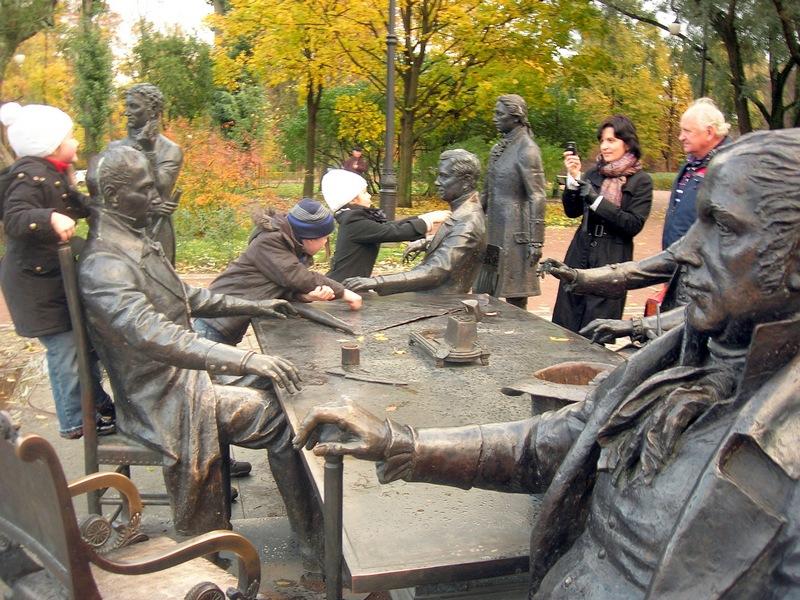 Скульптурная группа «Зодчие». Фото: Алла Лавриненко/The Epoch Times Украина
