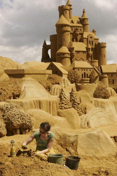 Фестиваль песочных скульптур в Бельгии. Фото: Mark Renders/Getty Images