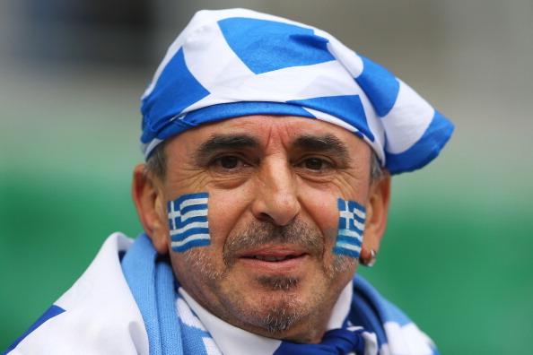 Вроцлав, Польща — 12 червня: вболівальник збірної Греції під час матчу проти Чехії. Фото: Christof Koepsel/Getty Images