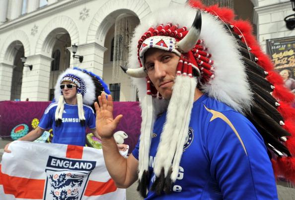 Британские футбольные болельщики в фан-зоне в центре Киева 15 июня 2012 года. Фото: GENYA SAVILOV/AFP/Getty Images