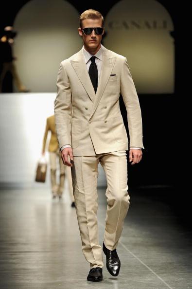 Мужская коллекция Canali весна-лето 2011 на милансой Неделе моды. Фото: Tullio M. Puglia/Getty Images