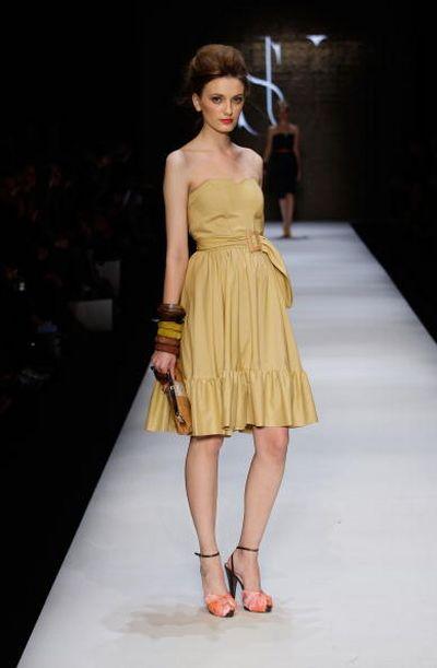 Австралийская Неделя моды Rosemount Australian Fashion Week: женские коллекции сезона весна-лето 2009-2010/ Getty ImgesАвстралийская Неделя моды Rosemount Australian Fashion Week: женские коллекции сезона весна-лето 2009-2010/ Getty Imges