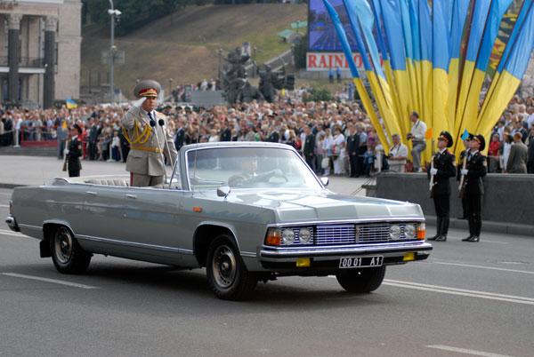 Парад войск по случаю 18-й годовщины независимости Украины прошел на Крещатике. Фото: Владимир Бородин/The Epoch Times