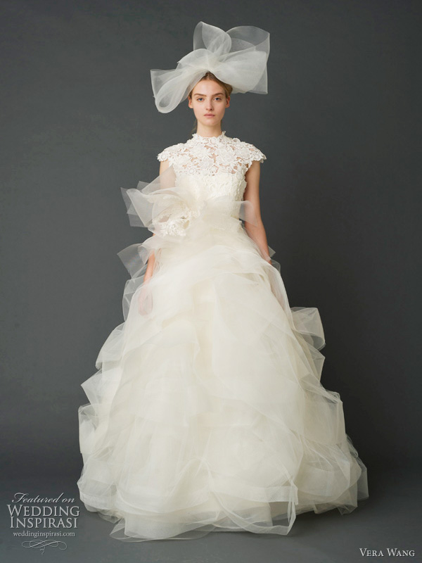 Свадебные платья от Vera Wang. Фото: weddinginspirasi.com