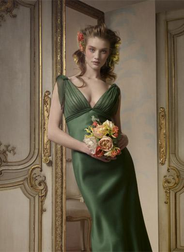 нарядные платья от Alvina Valenta. Фото с efu.com.cn