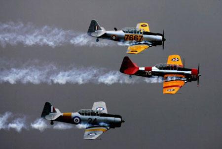 Самолёты ВВС Австралии Hornets участвуют в международном авиашоу. Фото: Mark Dadswell/Getty Images