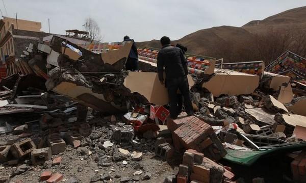 Райони, що постраждали від землетрусу. Провінція Цинхай. 14 квітня 2010 р. Фото: Цан