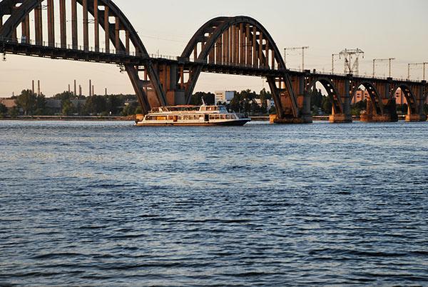 Великий Мерефа-Херсонский мост. Фото: Елена Колодина/The Epoch Times Украина