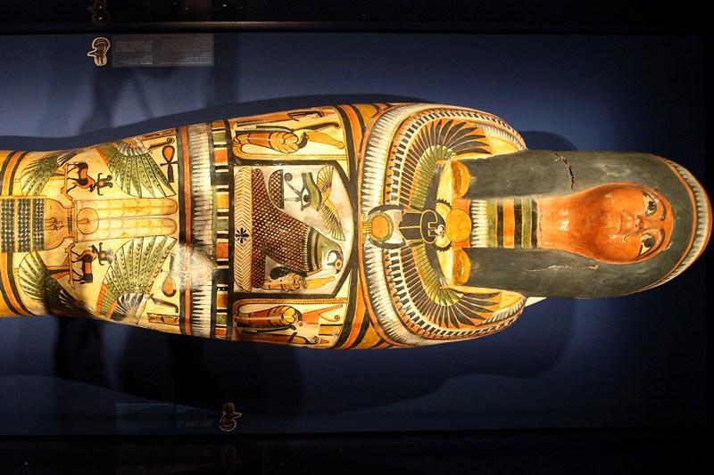 Сингапур, 25 апреля. В Музее науки и искусства открылась выставка египетской коллекции Британского музея «Мумия: тайны гробниц». На фото — мумия египетского жреца Неспереннаба. Фото: Suhaimi Abdullah/Getty Images