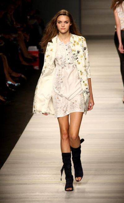 Показ весенне-летней коллекции Kristina Ti в рамках Недели высокой моды в Милане. Фото: Vittorio Zunino Celotto/Getty Images