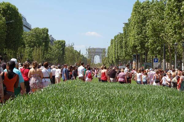 23 мая - День Зеленого дня в Париже. Фото: Наталья Орьен/The Epoch Times