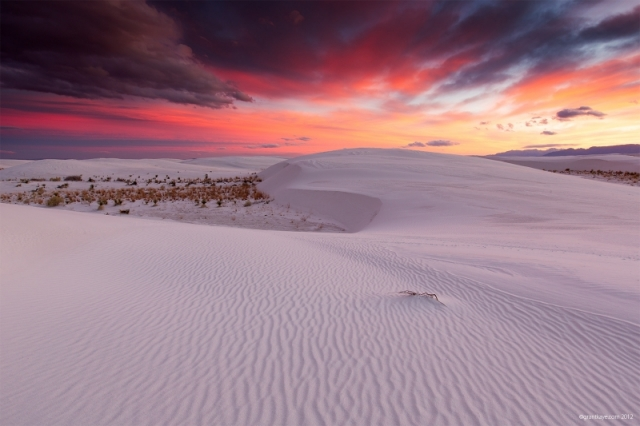 Раннее утро в заповеднике «Белые пески», штат Нью-Мексико. Фото: Grant Kaye/outdoorphotographer.com