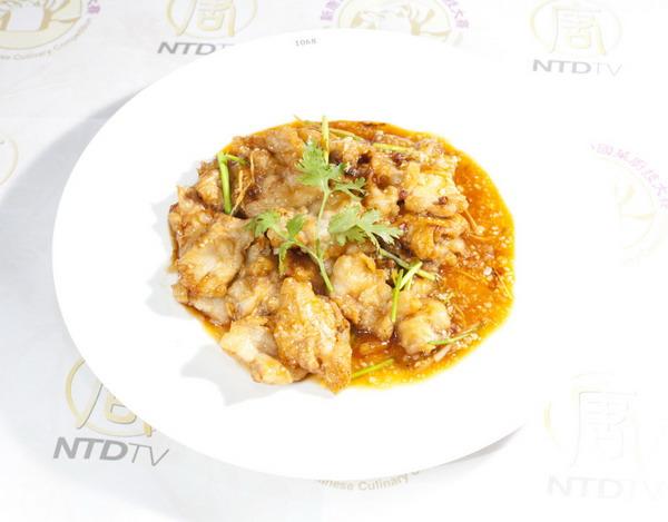 Китайська страва, представлена в фінальному турі третього Міжнародного конкурсу китайського кулінарного мистецтва. Фото з сайту ru-enlightenment.org
