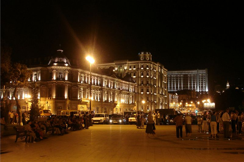 Головний офіс нафтогазової компанії SOCAR. Фото: Baku87/commons.wikimedia.org