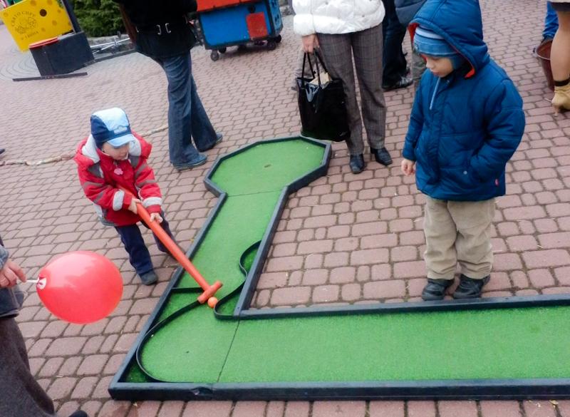 Игры для рук детям — кислород души... Фото: Виктор Гаврилив/The Epoch Times Украина