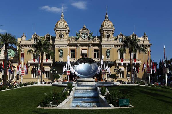 Подготовка к королевской свадьбе в княжестве Монако. Фото: Dean Mouhtaropoulos/Getty Images