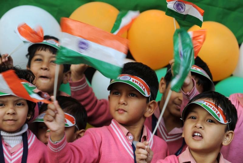 Юные школьники на параде в честь Дня Республики. Силигури, Западная Бенгалия. Фото: DIPTENDU DUTTA/AFP/Getty Images