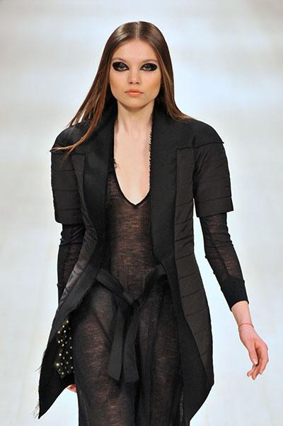 Показ Елены Пржонской на Ukrainian Fashion Week 18 марта 2011 года. Фото: Владимир Бородин/The Epoch Times Украина